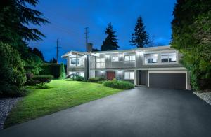 802 Crestwood Drive, Harbour Chines, Coquitlam
