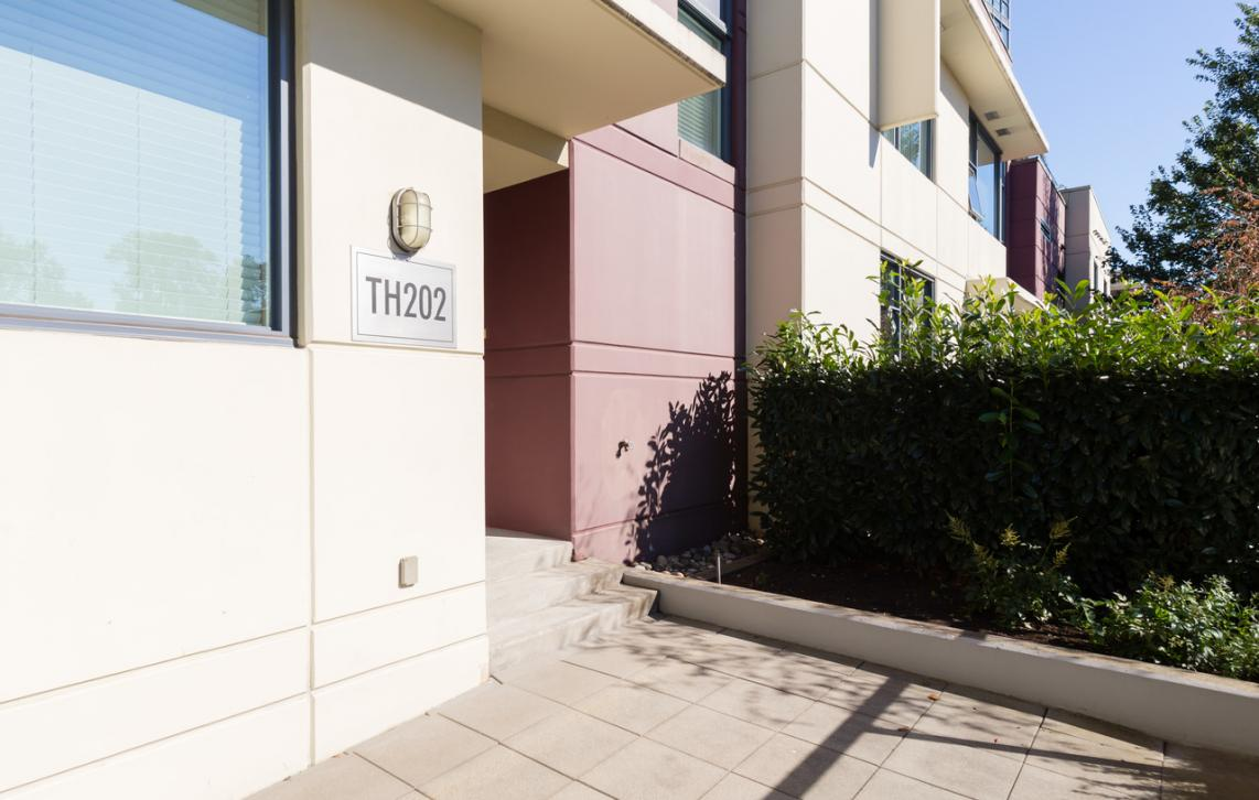 TH202 - 2225 Holdom Avenue, Central BN, Burnaby North