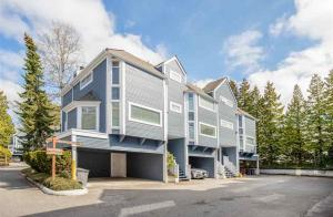 3119 Beagle Court, Champlain Heights, Vancouver East